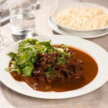 Bœuf sauce bordelaise, purée de pommes de terre